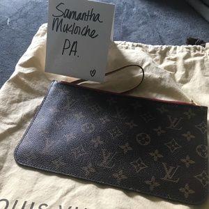 💯 authentic Louis Vuitton Neverfull Pouchette